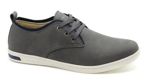 גם שמופי אוהב סייל. סניקרס של unique shoes