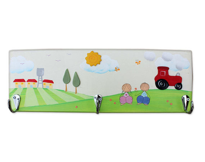 מתלה מעץ מעוצב לחדר הילדים - ילדים מתוקים עם טרקטור בשבילי הקיבוץ :)