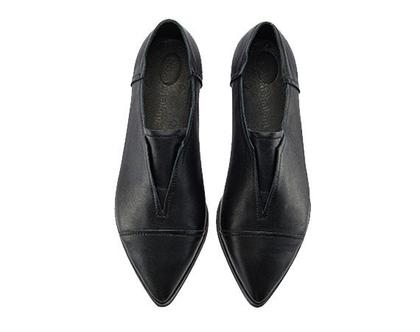 נעלי מעצבים- דגם סטלה שחורות