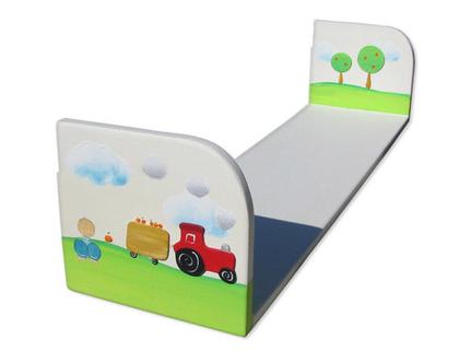 מדף דקורטיבי מעץ לחדר הילדים- ילדה וילד עם טרקטור ותבואת השדה