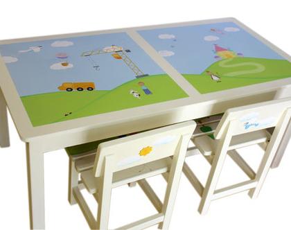 שולחן גדול מעוצב לילדים עם 2 כסאות מעץ - לחדר ילדים וילדות