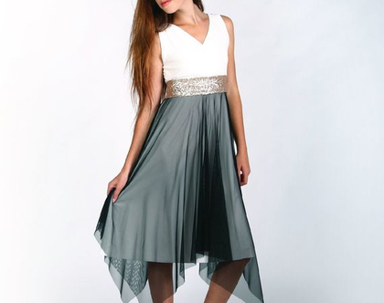 שמלה לנערות ולבת מצווה בעיצוב שירן סבוראי