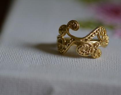 טבעת זהב, טבעת מעוצבת, טבעת וינטג', סגנון עתיק, טבעת בעבודת יד, תכשיטים לכלה, טבעת גדולה, טבעת מיוחדת, טבעת לאירוע, אפרת מקוב
