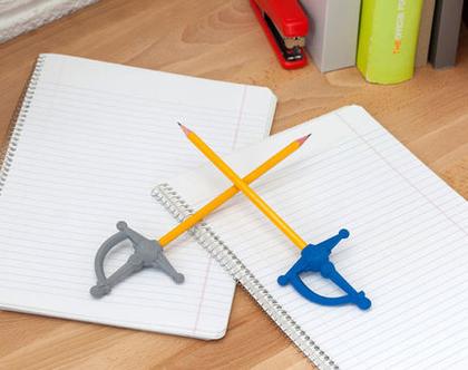 מחק חרב לעפרון | PenSword | כחול | PELEG | סופי עיצובים
