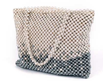 תיק יד פנינים פיפטיז | תיק וינטג' יפייפה ונדיר וינטג' מקורי משנות ה50' | תיק פנינים רומנטי שזור בעבודת יד