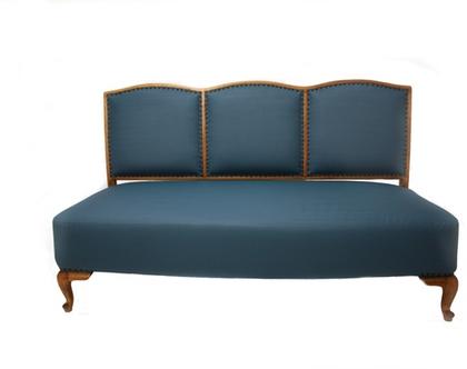 ספה של פעם בכחול מעושן