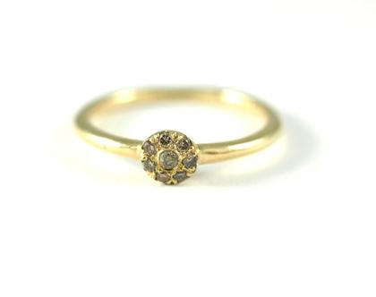 טבעות אירוסין ונישואין ברעננה   טבעות משובצת יהלומים חומים   אורה דן עיצוב תכשיטים   טבעות משובצות אבני חן   מעצבת טבעות יחודיות ברעננה  