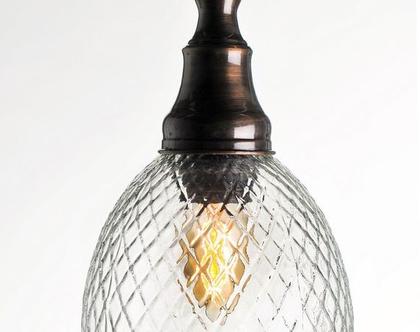 מנורה זכוכית מעויינים