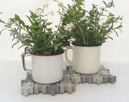 זוג תחתיות לסיר חם מבטון | תחתיות בטון לעציצים | פאזל יצוק מבטון | עיצובים בבטון | מתנה מבטון