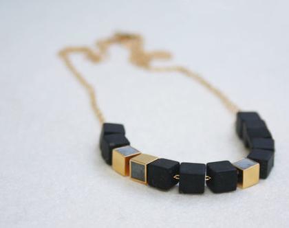 שרשרת קוביות אוניקס ובטון | שרשרת שחור זהב ואפור | שרשרת שחורה עדינה | שרשרת אבנים שחורות