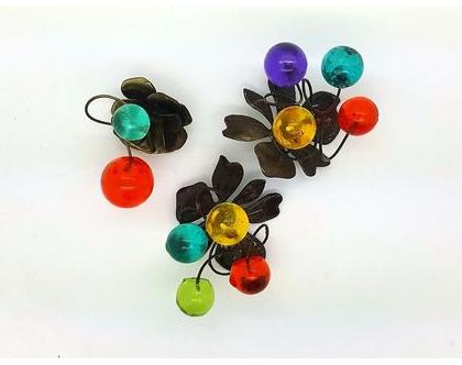 שלישיית מגנטים מעוצבים עם גדורים צבעוניים, עבודת יד