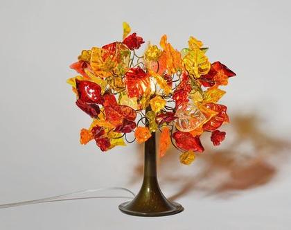 מנורת שידה פרחים ועלים בצבעי שלכת