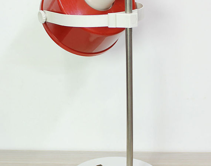 מנורת שולחן וינטאג׳ אדומה וגדולה