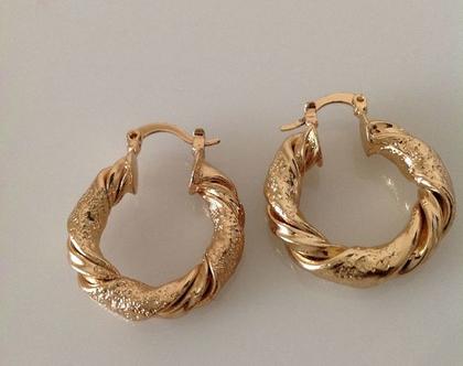 עגילים זהב חישוק | עגילי זהב | עגילים קצרים | עגילי חישוק קצרים | עגילי גולדפילד | עגילי חישוק לאישה