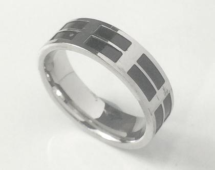 טבעת לגבר | טבעת מתנה | מתנה | טבעת מיוחדת | מתנה לחגים | מתנה ליום הולדת | סטיינלסטיל | סטיינלס סטיל | מתנה לחבר | stainless steel | מבצע |