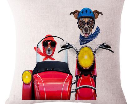כרית נוי סדרה Cool Dogs 1 | מתנה לחינה | מתנה לזוג | אקססוריז לחתונה