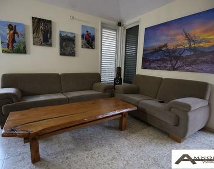 שולחן סלון מעץ אלון מבוקע