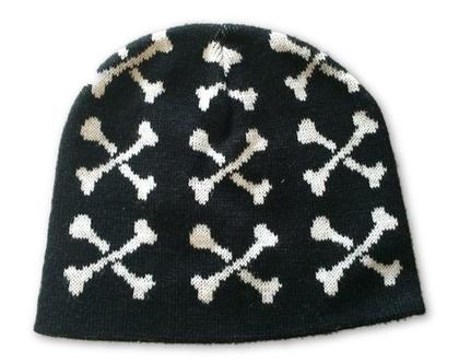 כובע עצמות שחור
