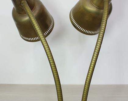מנורת שולחן וינטאג׳ דו ראשית עשויה פליז