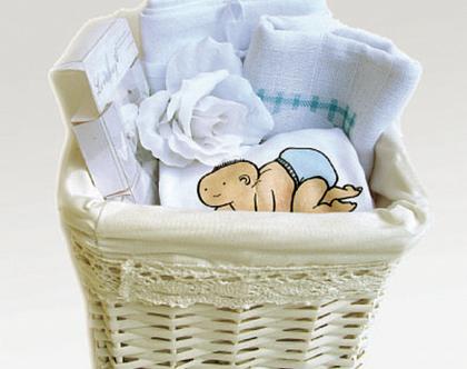 מארז לתינוק בהתאמה אישית   מתנה ליולדת   מתנת לידה מקורית   מרגשת   לרך הנולד   עם שם הילד   התינוק