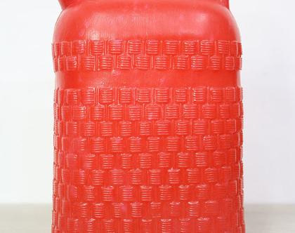 ג׳ריקן וינטאג׳ אדום
