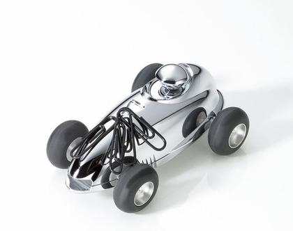 משקולת נייר עם גלגלים זזים בסגנון מכונית וינטג' | מגנט לאטבים | מצופה כרום כסוף | מתנה למשרד