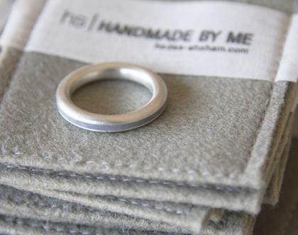 טבעת כסף ובטון | טבעת כסף פרופיל עגול | טבעת מינימליסטית | כסף ואפור