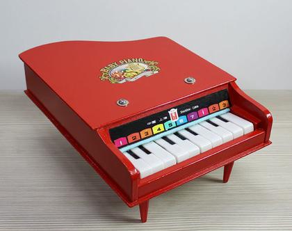 פסנתר צעצוע וינטאג׳