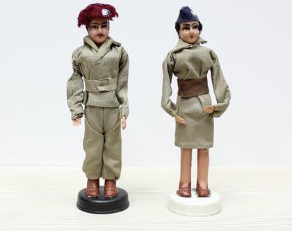 זוג בובות משכית, בובת חייל, בובת חיילת