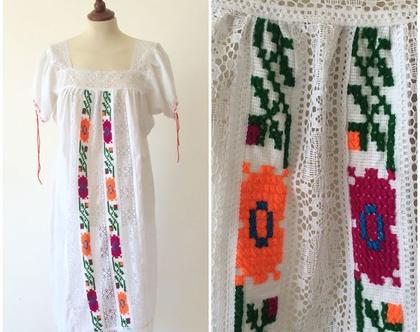 שמלה לבנה | שמלת מקסי | שמלה מיוחדת | שמלה לנשים | שמלה עבודת יד | בוהו שייק | שמלה עם תחרה
