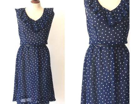שמלת וינטג׳ |שמלה כחולה עם נקודות לבנות | שמלת שיפון | שמלה נשית |שמלת מידי | שמלה לקיץ