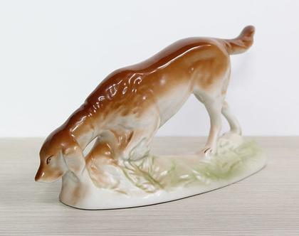 כלב פורצלן וינטאג׳ חתום