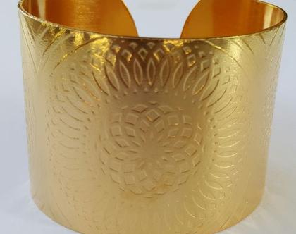 צמיד רחב עיגולים בציפוי זהב