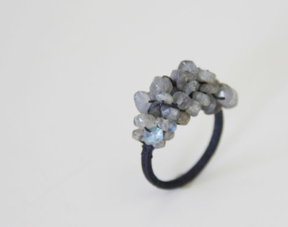 טבעת לברדורייט תפורה | טבעת סטייטמנט