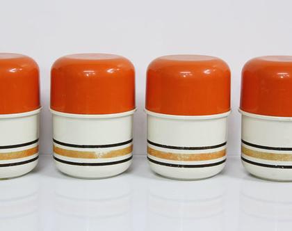4 קופסאות וינטאג׳ כתומות