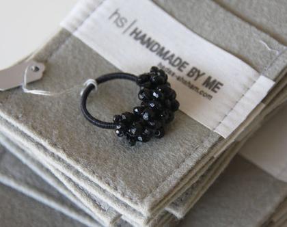 טבעת סטייטמנט אבני ספינל שזורות