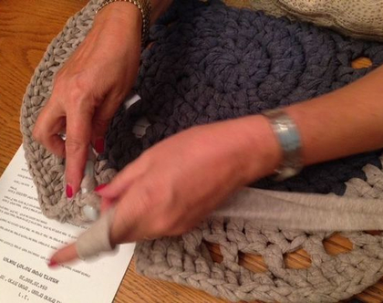 קורס ללימוד הסריגה בחוטי טריקו וסריגת קרושה ליצירת פריטים מעוצבים לבית