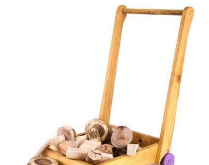 עגלת קוביות מעץ לילדים