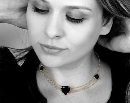 שרשרת אבני אוניקס שחורות - שרשרת זהב - שרשרת שכבות - שרשרת אבן משולש - שרשרת אבני חן
