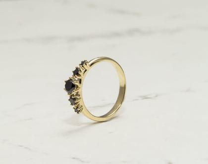 טבעת אירוסין, טבעת אירוסין מיוחדת, טבעת יהלומים שחורים , טבעת אירוסין יהלומים שחורים