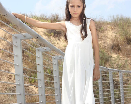 שמלת בת מצווה לבנה שמלה לארוע שמלת בת מצווה שכבות שיפון שמלה לשושבינה שמלת שכבות לבת מצווה שמלות nomiky