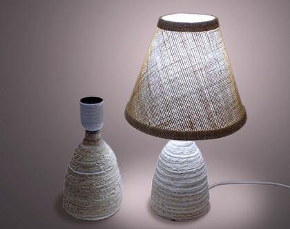 (דורון)- מנורת שולחן מחימר בעבודת יד עם אהיל יוטה