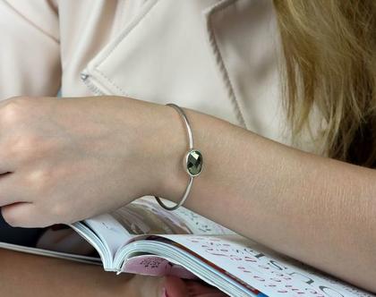 צמיד כסף עם אבן פירית - צמיד אבן חן - צמיד כסף 925 - צמיד עדין - צמיד בהתאמה אישית - צמיד אליפסה