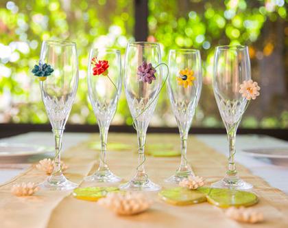 מסמני כוסות | סמני כוסות | מסמני כוס יין | מתנת חג מקורית | מתנה לחובבי יין | עיצוב שולחן | סמני כוסות פרפרים