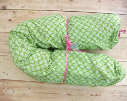 כרית הריון בצורת גליל דגם ירוק עלים