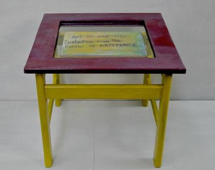 שולחן קטן | שולחן צד | שולחן צבעוני | רעיונות לעיצוב | שולחן מדליק | רעיון למתנה | מתנה לבית | רעיון לעיצוב | עיצוב הבית |