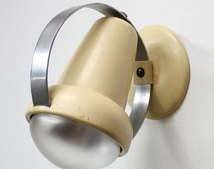 זוג מנורות קיר וינטאג׳ בצבע קרם