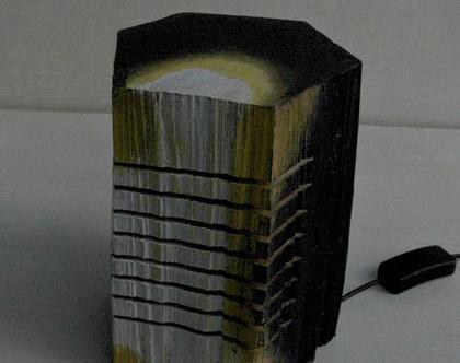 מנורת לילה | מנורה מעוצבת מעץ | מנורת לילה צבעונית |