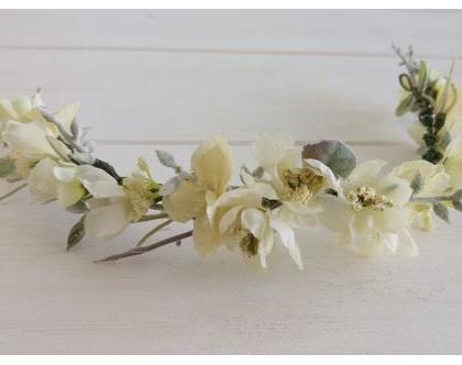 זר לראש | זר לכלה | זר בגוונים קרם ושמנת | פרחים מלאכותיים לשיער | קשת לכלה | פרחים לשיער | זר פרחים | זר מעוצב לשיער | פרחים לכלות