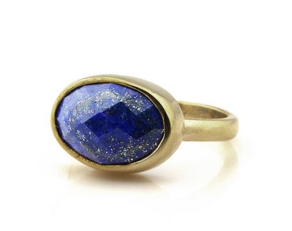 טבעת לאפיס אובל מגולדפילד - טבעת מיוחדת - טבעת אבן חן